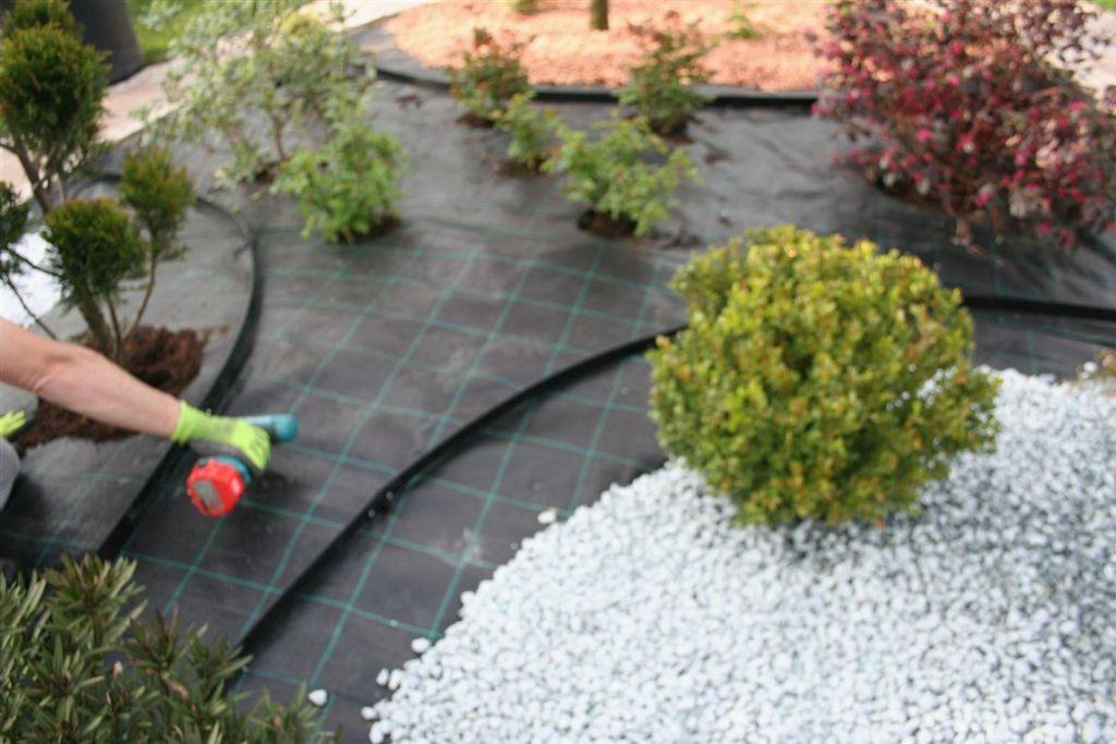 Mobili lavelli bordure in plastica per giardino - Camminamento pietra giardino ...